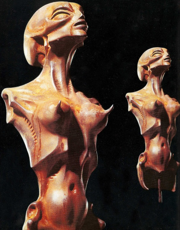 Body with Long Scull, scultura in ferro, 1968